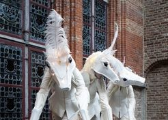 Steltenact Magic White Horses TopActs 1